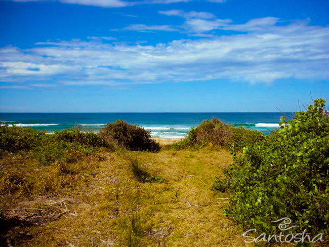 Ballina, east coast australia, yoga, yoga teacher training, Australia, Santosha, meditation, mantra, surf