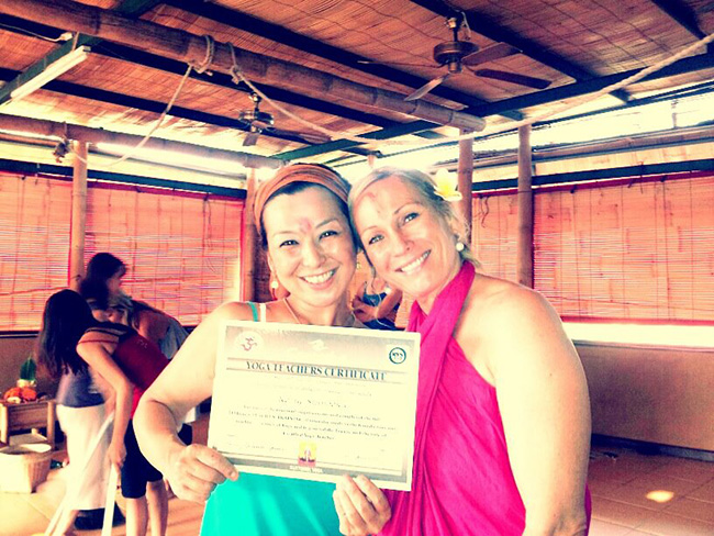 Santosha Sunny Richards, Surf Yoga retreat teacher training bali India