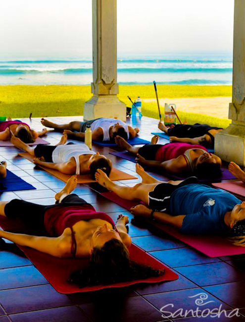 Santosha-Yoga-Surfing-Retreats-040710-083