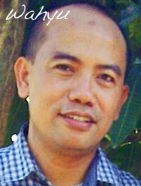 Wahyu-Healing-Man-Bali