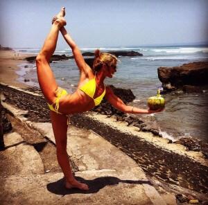 Yoga-Coconut-Dancer-Pose-300x296